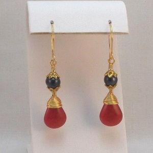 Red Jade Black Pearl & Gold Wire Wrapped Earrings